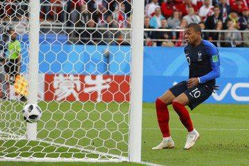 法國華麗腳法踢翻秘魯 確定晉級16強