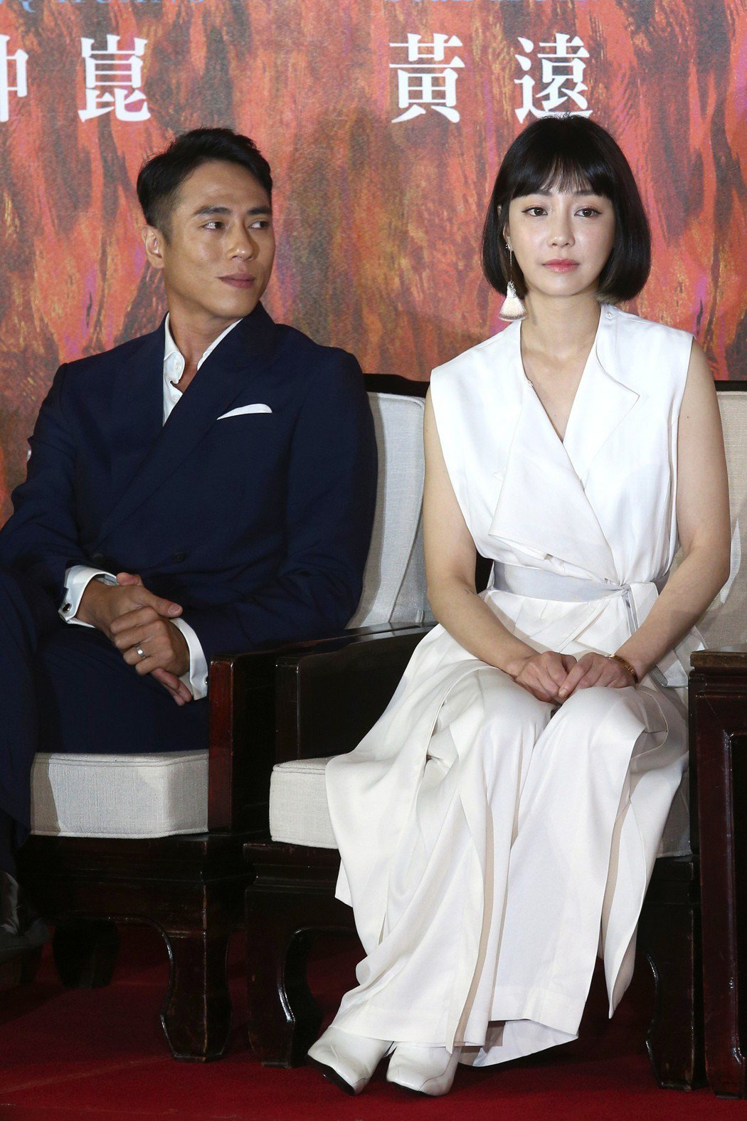 演員莊凱勛(左)與謝欣穎一起出席「亡命之途」開鏡記者會。記者蘇健忠/攝影