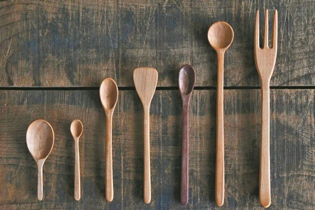 三谷龍二的湯匙,都有實用目的。 圖/小慢、小器藝廊提供