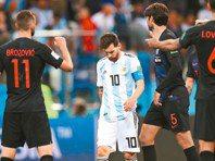 阿根廷世足60年來最慘一役 悲情梅西只射門1次