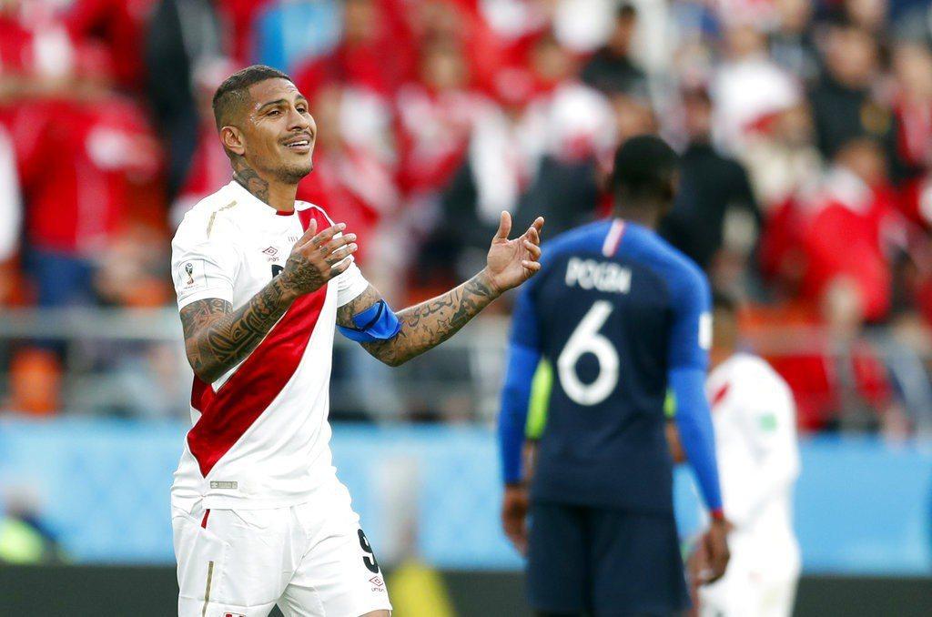 祕魯頭牌前鋒格雷羅獨木難撐,整場只有一次禁區攻門機會。 美聯社