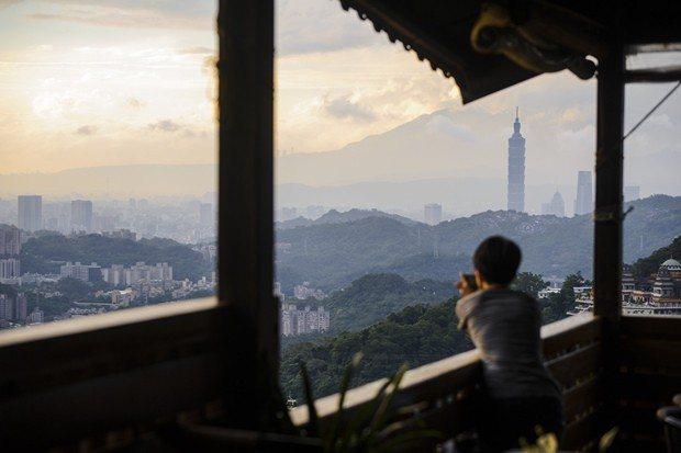 台灣的PM2.5濃度,在全球136個國家排名末段班的123名,是成為觀光大國的一...