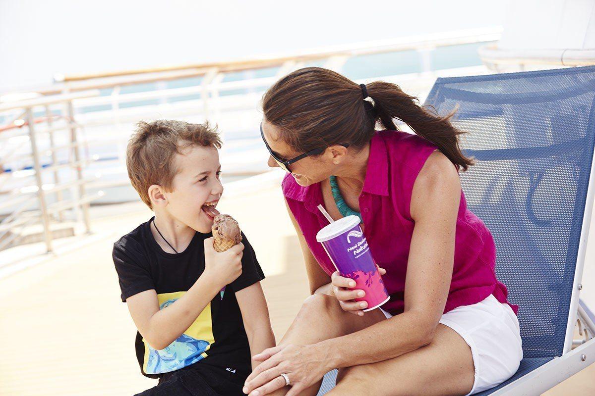 太陽公主號上提供天然美味的紐芝蘭樂活冰淇淋。