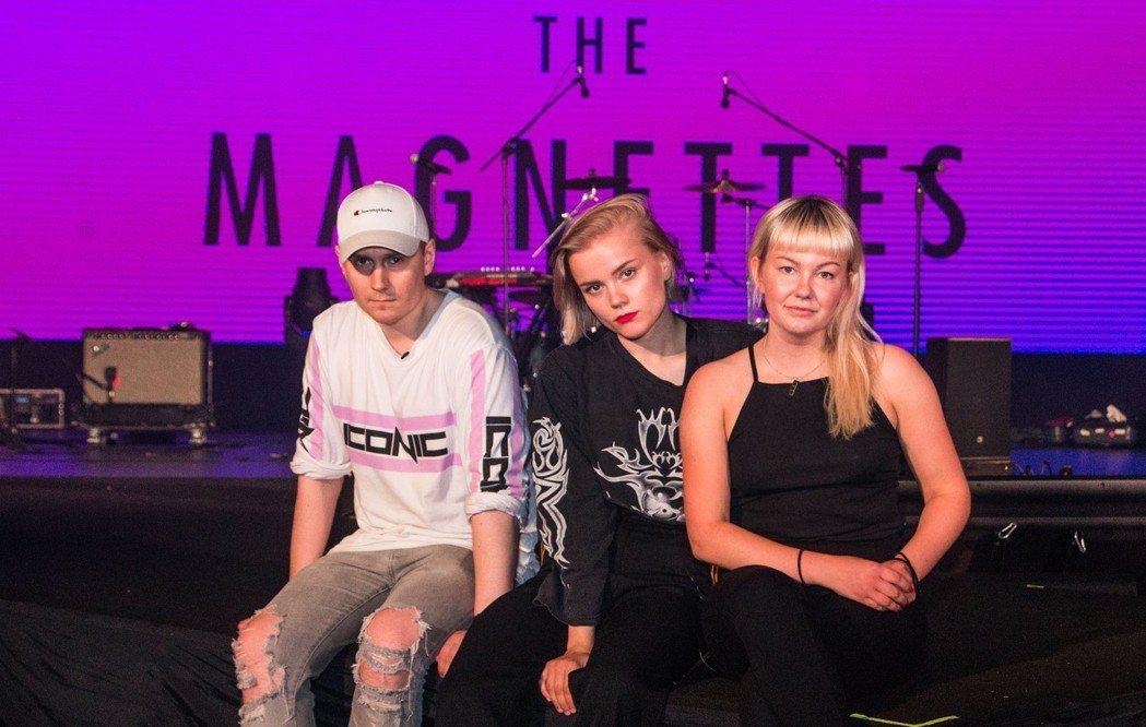 瑞典龐克流行樂團The Magnettes。圖/台視提供