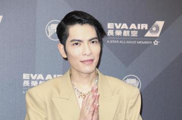 第29屆金曲獎頒獎典禮,蕭敬騰走星光大道。