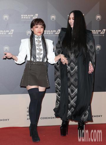 29屆金曲獎,張惠妹與安那走星光大道。