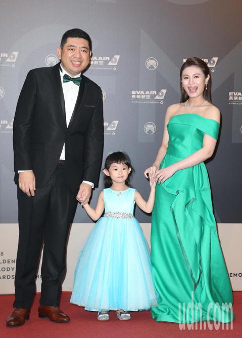 29屆金曲獎,朱海君與NONO走星光大道。