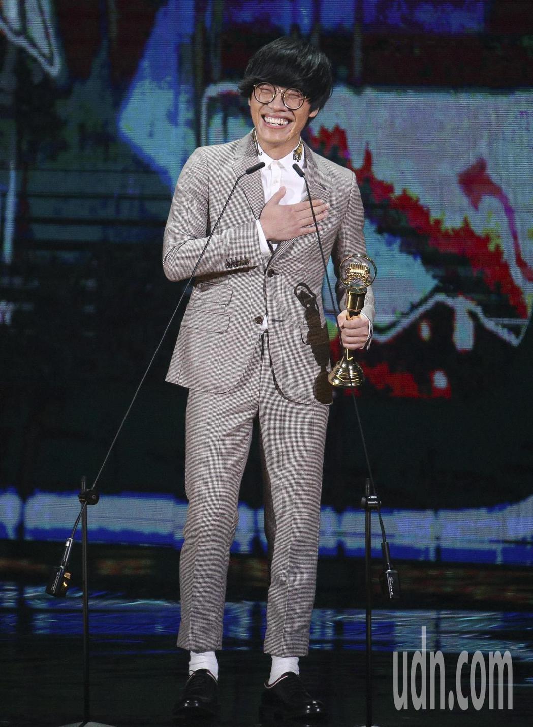 盧廣仲的『魚仔』獲得年度歌曲獎。記者林伯東/攝影
