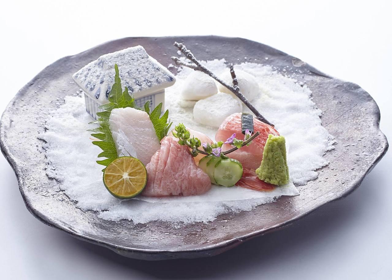 新都里店內所供應的季節生魚片。圖/取自新都里 台北懷石料理 Shintori T...