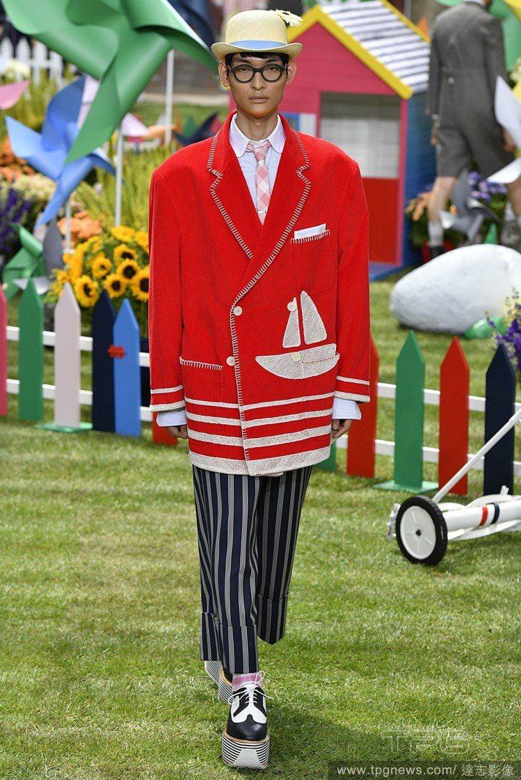 夢遊仙境是Thom Browne 2019春夏男裝的設計主軸,並運用大量童趣圖案...