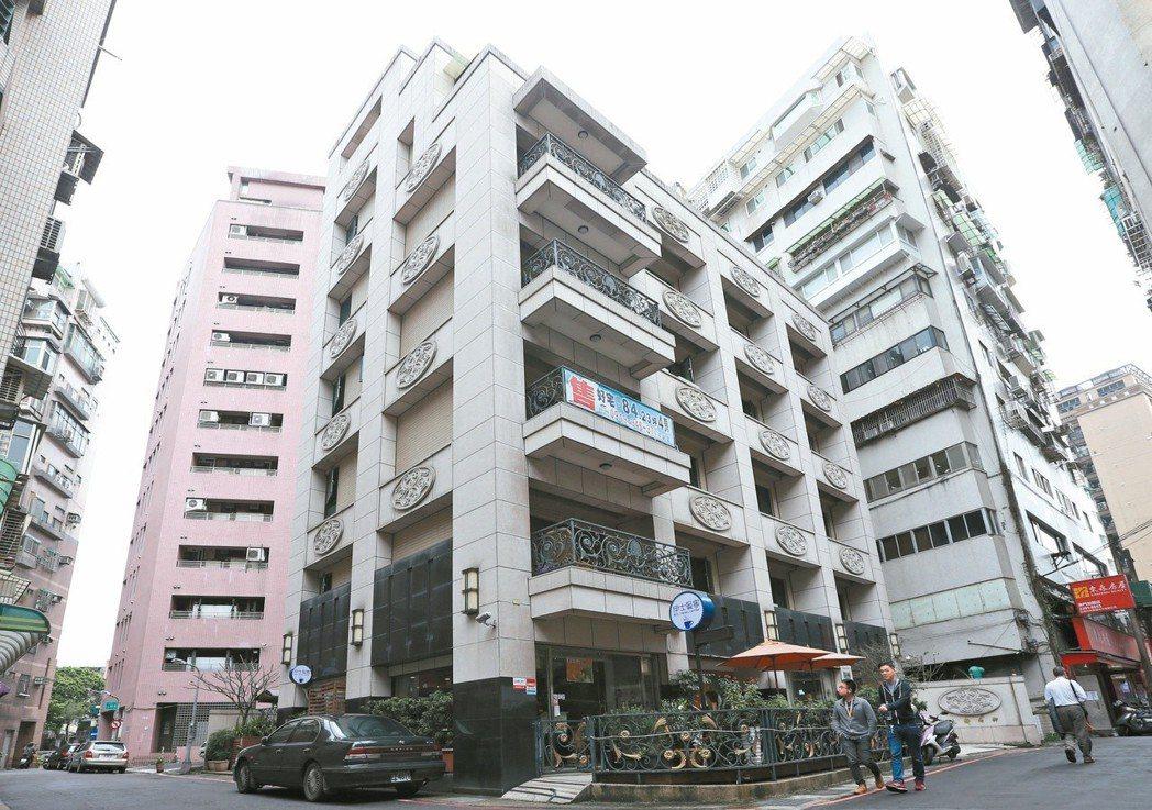 台北市長柯文哲的住處「大安尚御」。 圖/聯合報系資料照片