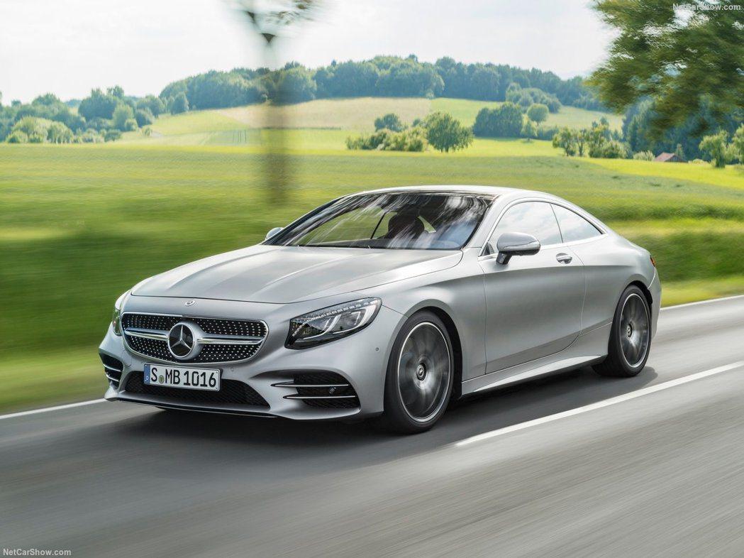 S-Class則在外觀沒有什麼特殊著墨。 摘自Mercedes