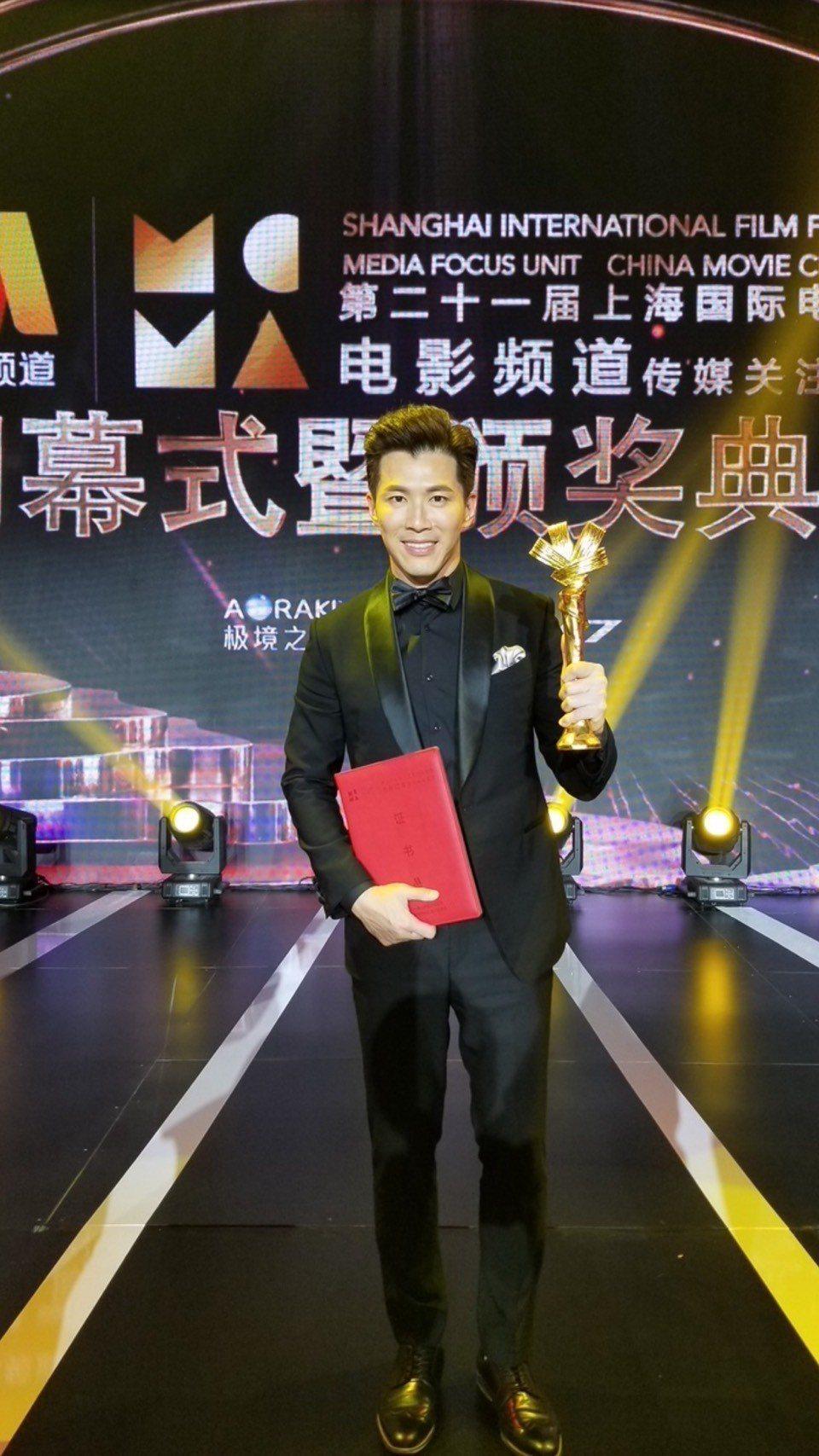 黃少祺主演「信仰者」拿下上海電影節特別榮譽獎,坦言拍攝該片從影以來最艱辛、慘烈的...