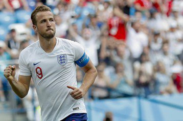英格蘭隊長被迫戴帽 凱恩:生涯最幸運一球