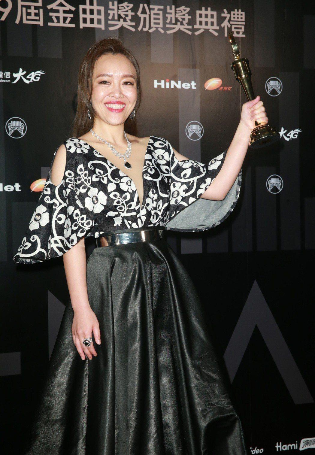 最佳台語女歌手張艾莉。記者徐兆玄/攝影