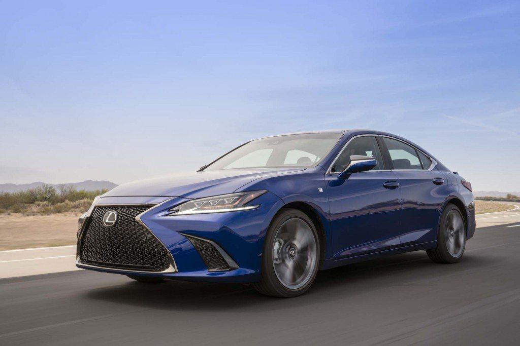 和泰汽車將於7月份導入大改款的主管級房車ES車系。 圖/LEXUS提供