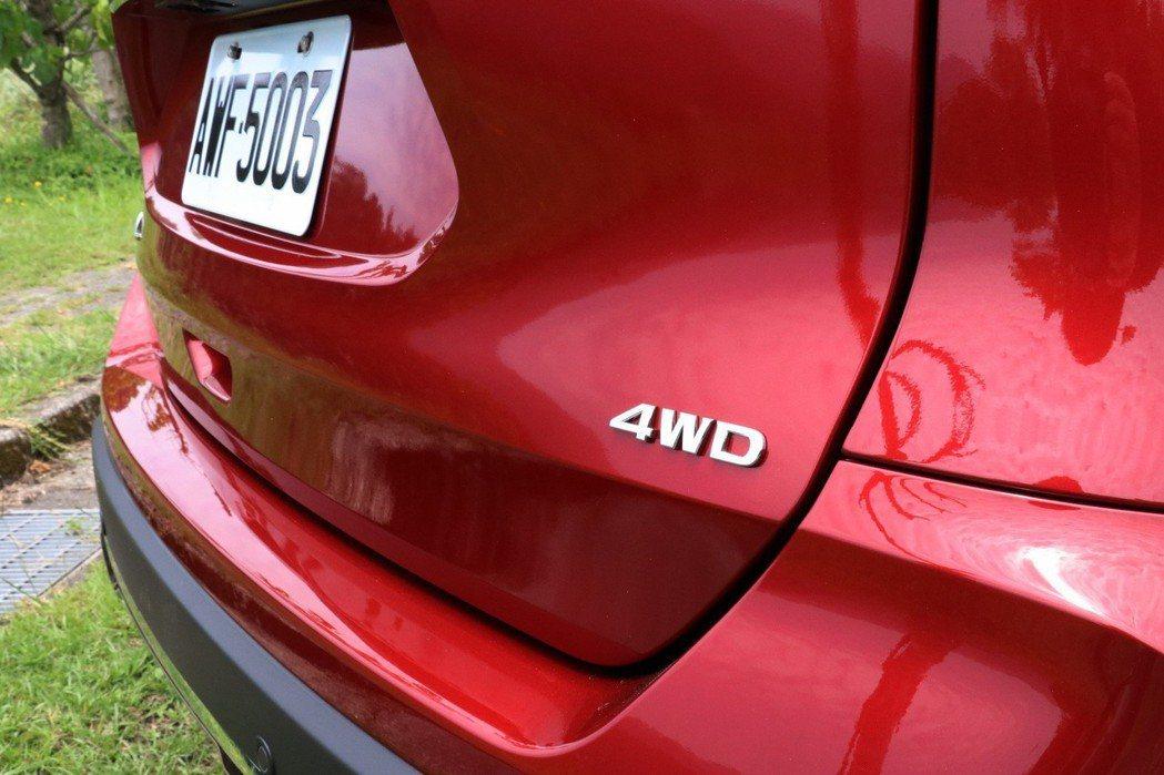 旗艦車型提供4WD的選擇。 記者陳威任/攝影