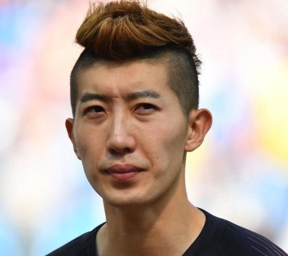 南韓門將趙賢祐在球場鏖戰90分鐘後,皮膚依然清新可人。 圖/取自網路