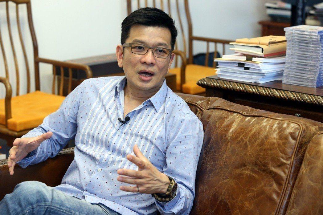 本屆金曲評審團主席陳子鴻。圖/資料照