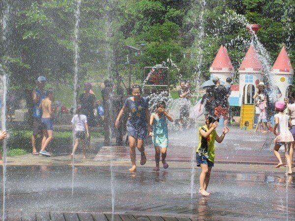 暖暖親水公園內的水舞區今年預計7月7日公布。圖/基隆市政府提供