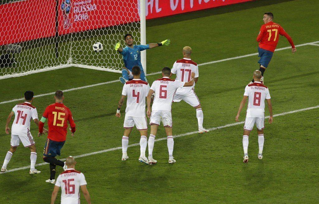阿斯帕斯這球追平進球有越位爭議,但VAR說沒有摩洛哥也只能認了。 美聯社