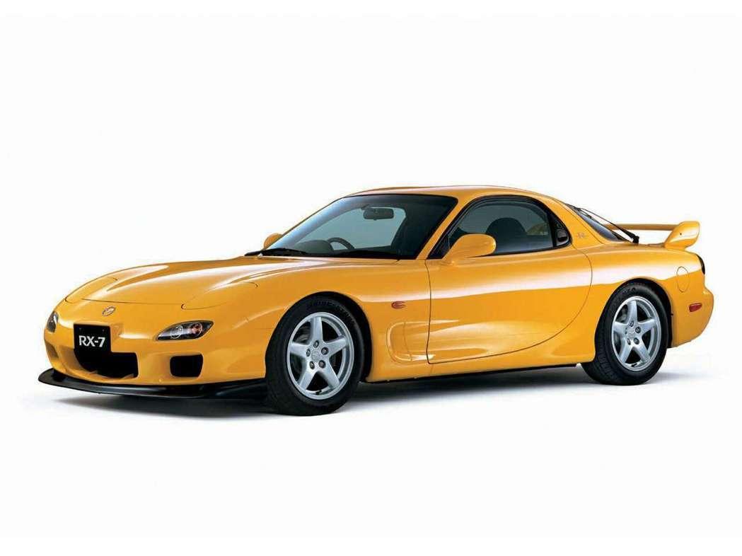 這台RX-7 FD3S 在流行文化裡可是相當著名的車款。 摘自MAZDA
