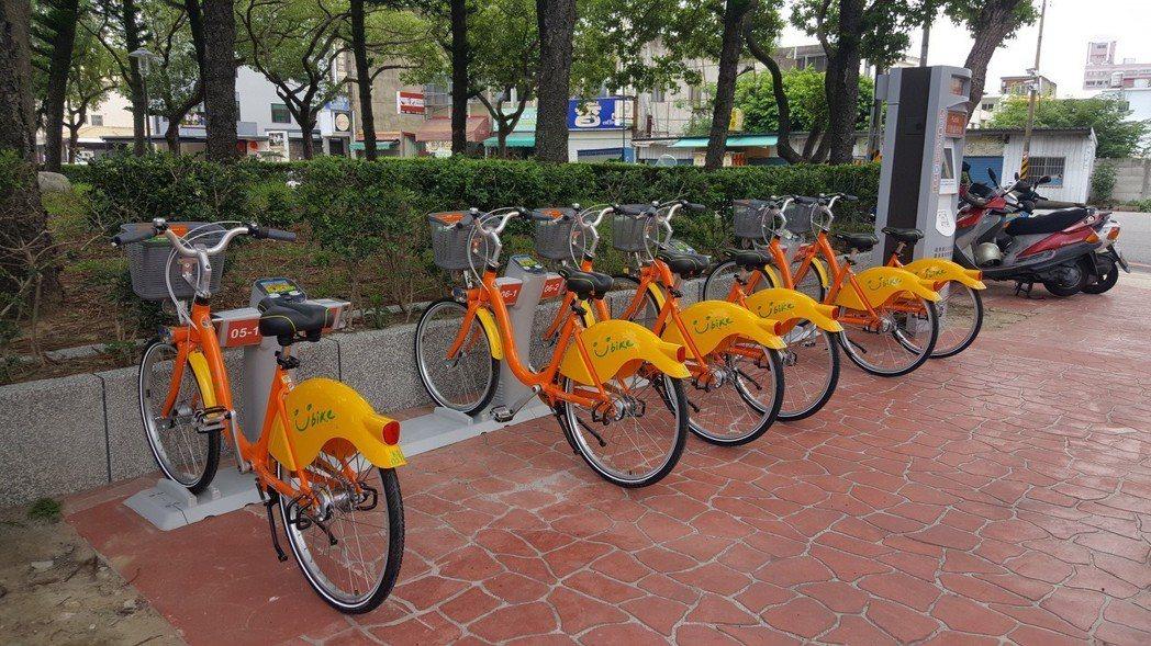 苗栗縣公共自行車YouBike昨天上午率先在苗栗市開通,目前全市共有6處租賃站點...