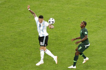 主審包庇阿根廷手球 奈及利亞隊長不滿