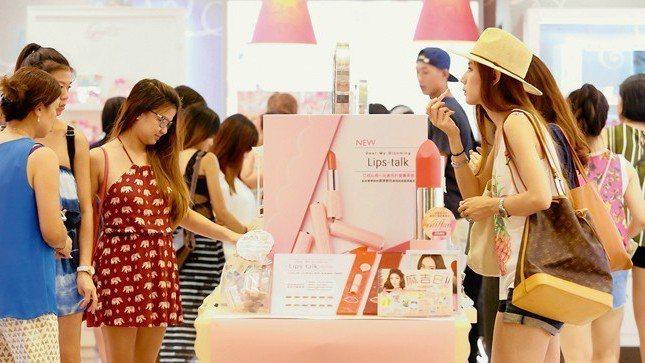 中央大學台灣經濟發展研究中心昨(27)日發布7月消費者信心指數(CCI),總指數...