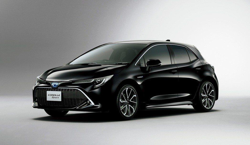 日規Toyota Corolla Sport車頭以「C」字取代原有的Toyota廠徽。 摘自Toyota