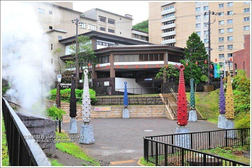 ↑1泉源公園,是地獄谷溫泉取水處。