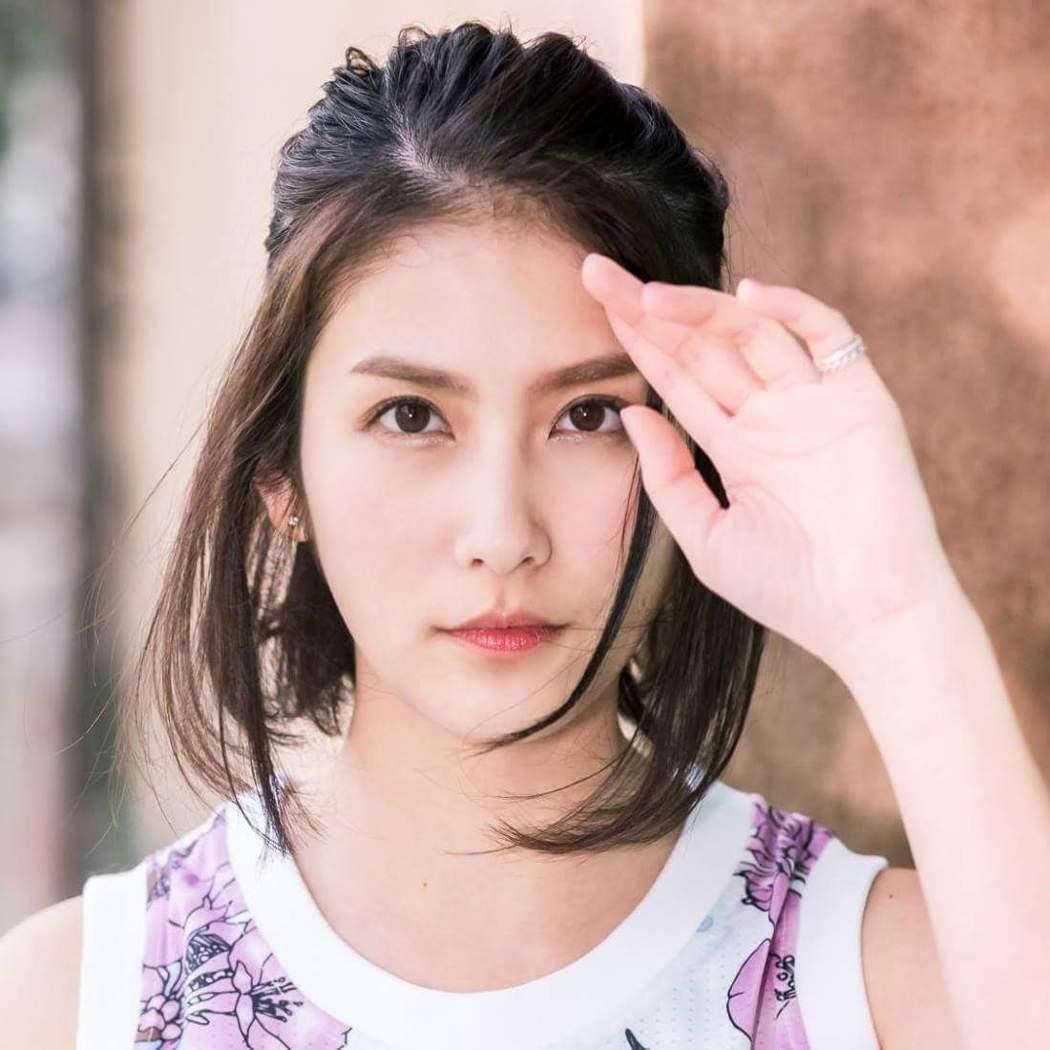 卓君澤曾被網友票選為最正女主播。圖/摘自卓君澤臉書