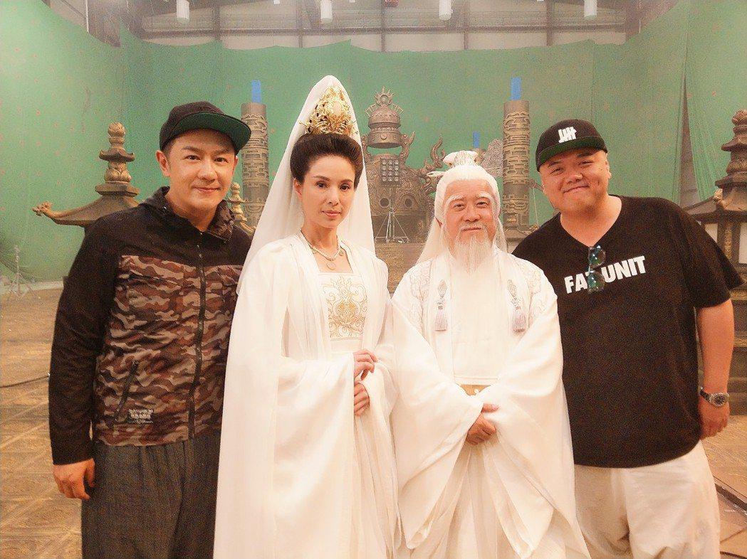 陳浩民(左起)、李若彤、曾志偉、林子聰演出「齊天大聖-火焰山」。圖/艾迪昇提供