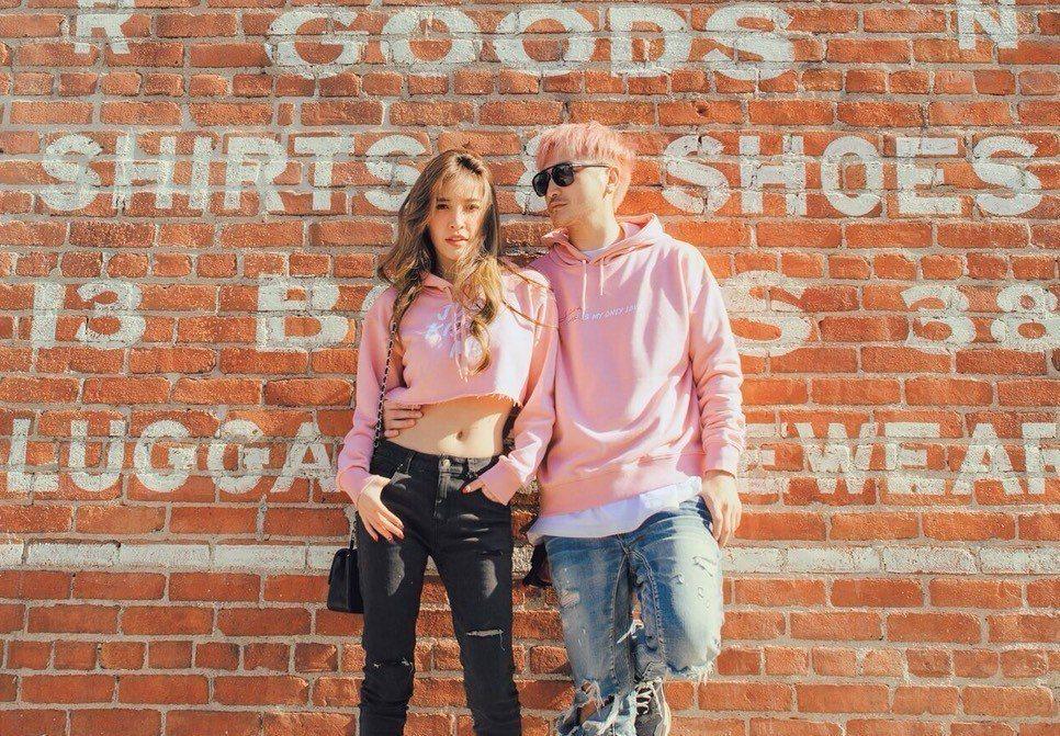 許維恩(左)和KID為網購品牌合拍宣傳照。圖/資料照片