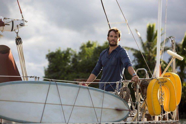 憑「飢餓遊戲」(The Hunger Games)和「我就要你好好的」(Me Before You)風靡全球的英倫型男山姆克萊弗林(Sam Claflin), 將於8月31日上映的真實災難愛情鉅作「...