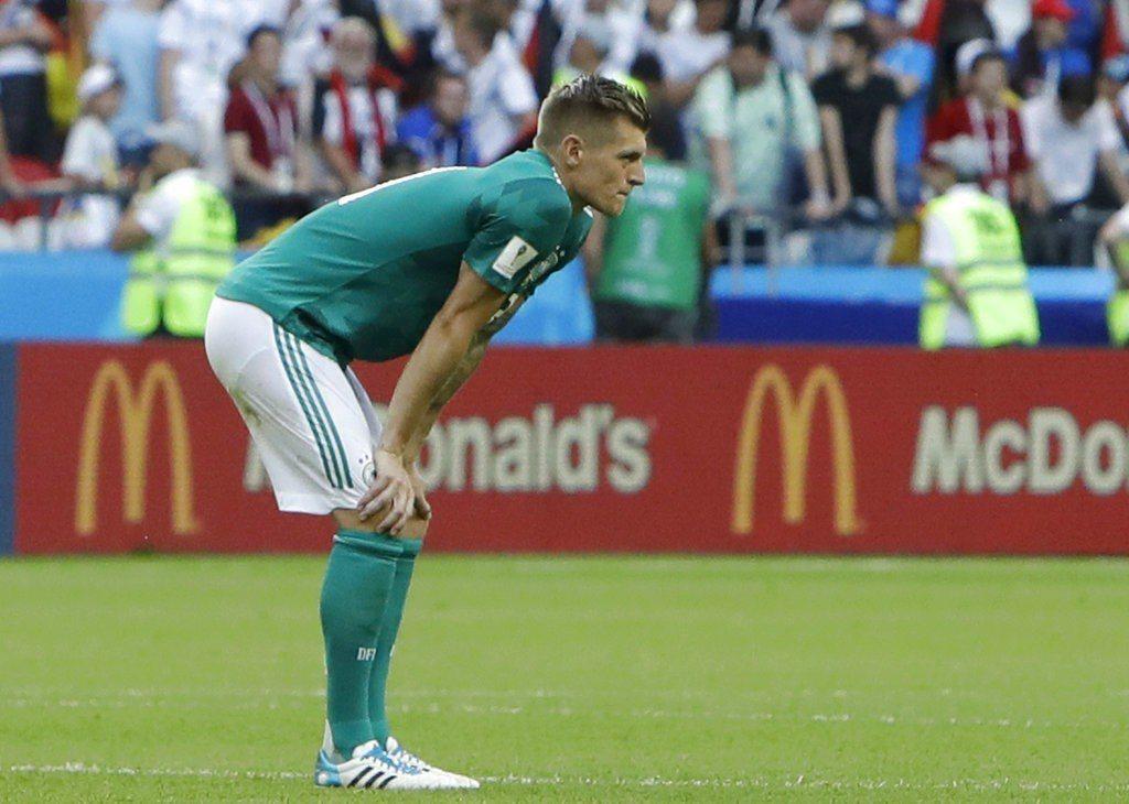 凡走過必留下痕跡,德國克魯斯曾嘲諷巴西慘敗,如今德國出局,他也成網民揶揄對象。 ...