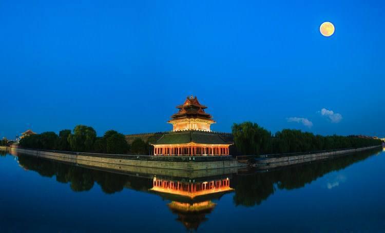在北京晚上有時難找吃飯的地方。 圖/摘自網路