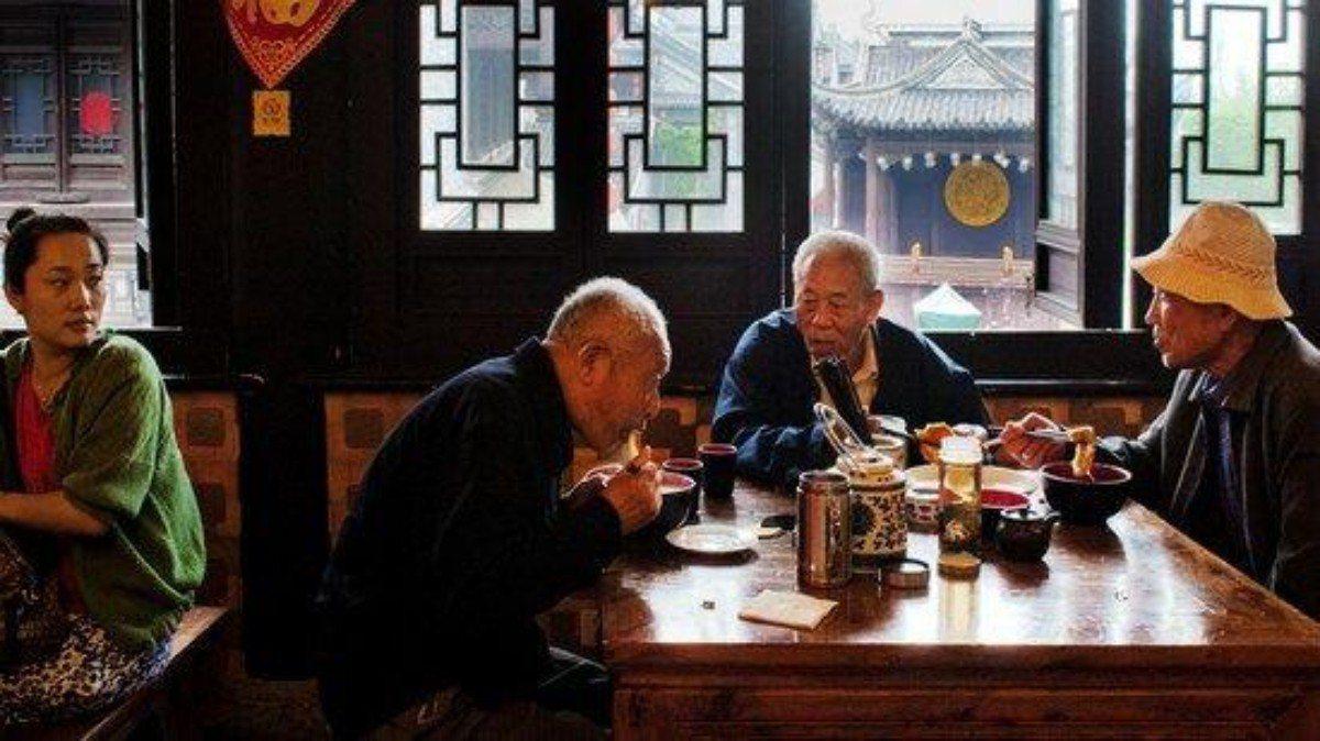 在廣東,中老年人早上有「早茶文化」。 圖/摘自網路
