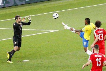 巴西2:0勝塞爾維亞 攜瑞士一塊晉級16強