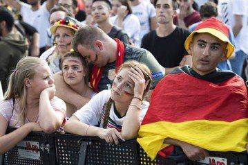 德國空前兵敗 梅克爾:今晚我們全都很傷心