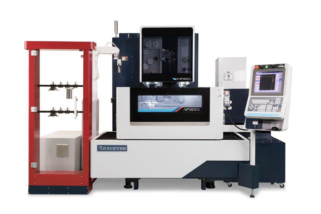 精呈NP600L智慧化高精度線性馬達線切割機。 精呈科技/提供
