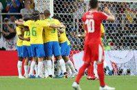 庫蒂尼奧一己之力扛起巴西 16強對墨西哥勝算大