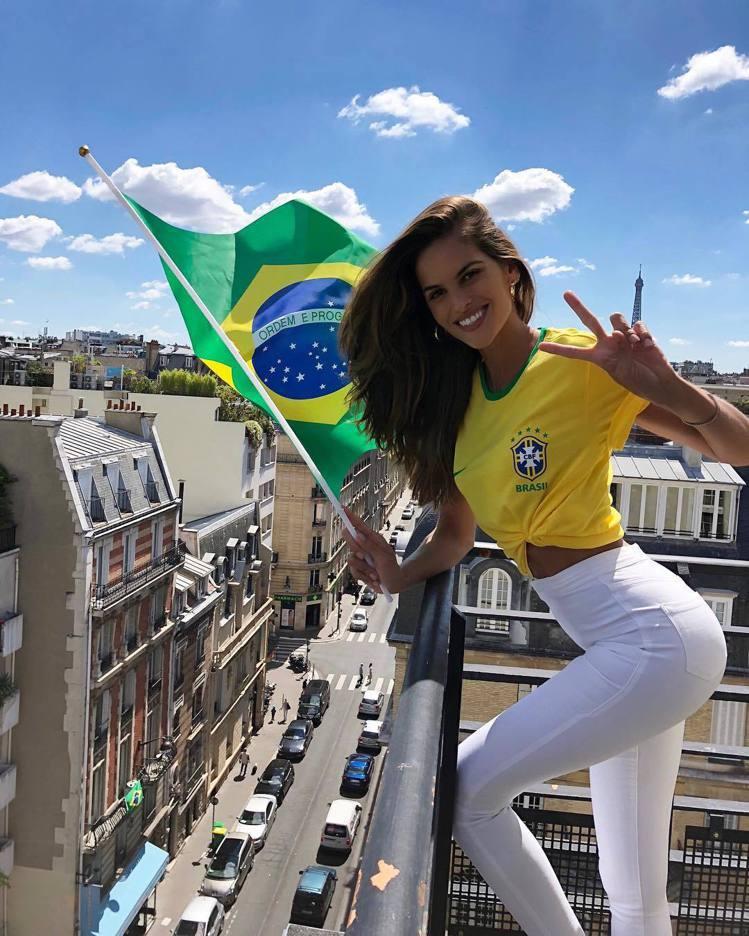 巴西超模Izabel Goulart。圖/擷自instagram
