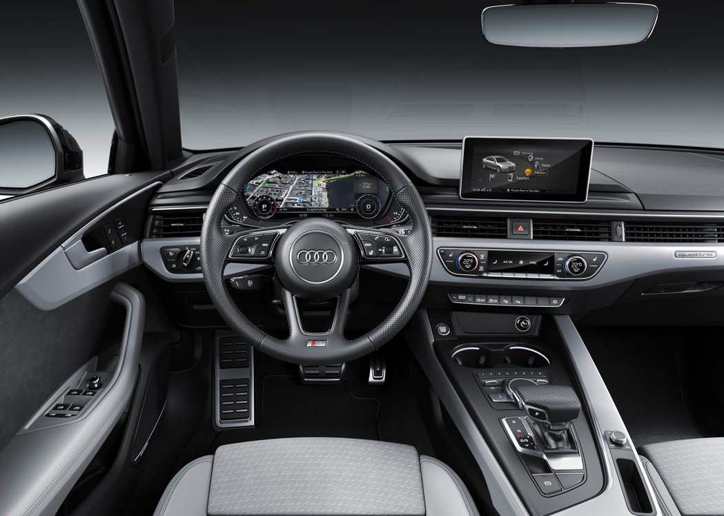 S Line車型的跑車方向盤與內裝飾板,都呈現冷冽的戰鬥風格。 摘自AUDI