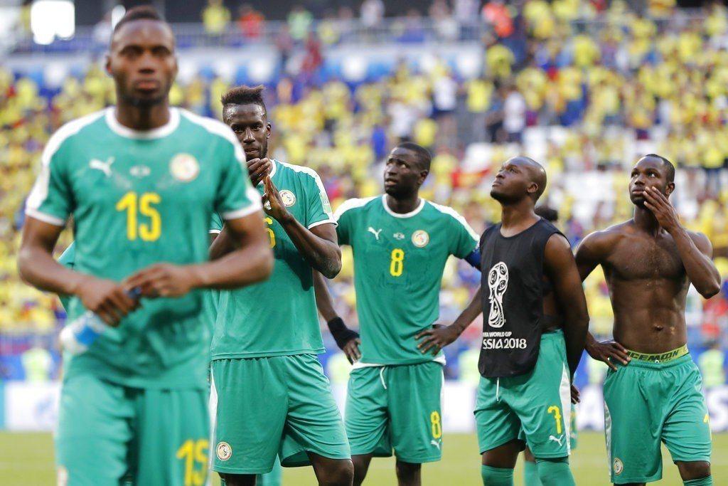 本屆世界盃非洲球隊全在小組賽遭到淘汰,其中塞內加爾只輸日本2張黃牌就能晉級,是最...