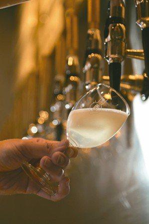 好喝、順口、質均是Draft Land特色之一。 圖/陳立凱、蘇健忠、楊萬雲