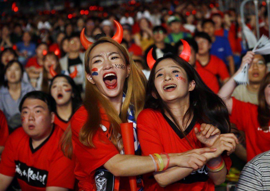 南韓爆冷踢贏德國,國內球迷欣喜若狂,但嚴格來說亞洲球隊離世界一流仍有差距。 美聯...