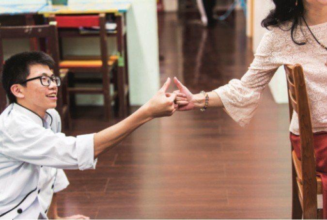 顧瑜君想讓孩子知道:你身上有獨有、迷人的生命力,我們不需要為了適應系統委曲求全,...
