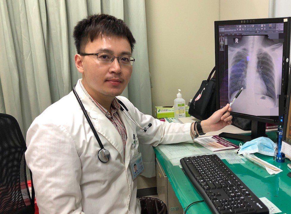 澄清醫院家醫科主治醫師蘇家龍說:2017年肺炎仍盤踞十大死因第三位,突顯台灣的肺...