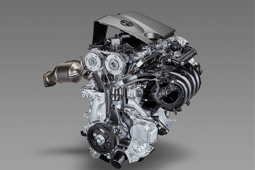 今年初才正式發表的2.0L Dynamic Force汽油引擎,透過引擎內部大量進化與導入最新技術,不僅熱效率提升至40%,更有171ps馬力20.9kgm峰值扭力表現。 圖/Toyota提供